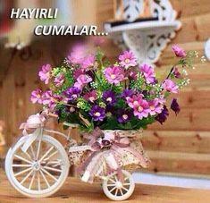 ༺✿ Flower Pedals ✿༻ ༺✿ Baskets of Flowers Riding Bicycles ✿༻ Bicicleta con flores Ikebana, Flower Decorations, Table Decorations, Romantic Cottage, Arte Floral, Vintage Flowers, Pink Flowers, Colorful Flowers, Table Centerpieces