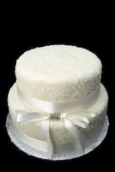 Wedding cake for a winter wedding