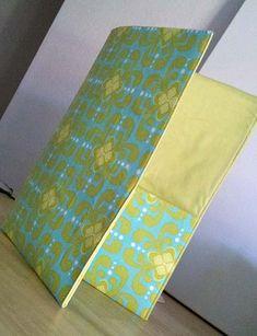 Tutorial Tuesday: Fat Quarter Fabric Folder - Schlosser Designs | Blog