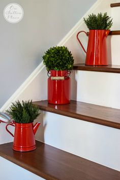 Simple Christmas Entry Decor   Easy ways to add a holiday touch to your entry. These ideas will work for anyone, no matter the size of your entry or foyer.
