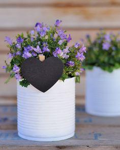 Simple... Tin Can Crafts, Ideas Para, Planter Pots, Diy, Craft Ideas, Canning, Heart, Simple, Handmade