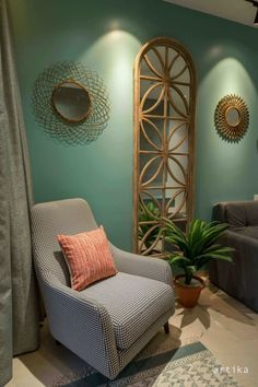 Design Discover Apartment Interiors with Vintage Touch And Laced With a Lot of Ornamentation Home Decor Furniture, Home Decor Bedroom, Living Room Decor, Furniture Design, Home Room Design, Home Interior Design, Living Room Designs, House Design, Ethnic Home Decor