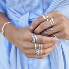 It's a ring thing... make your digits dazzle in these sparkling silver rings. Which one is your fave? #stelladotstyle