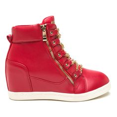 No Chain No Gain Wedge Sneakers RED (590 MXN) ❤ liked on Polyvore featuring shoes, sneakers, red, vegan shoes, wedge heel sneakers, red trainer, metallic sneakers and red wedge sneakers