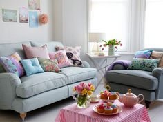house decorated in pastels   Home decor candy colours :: Spring home ideas :: allaboutyou.com