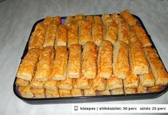 Sajtos stangli - egyszerű, omlós Croatian Recipes, Hungarian Recipes, Bread And Pastries, Pastry Recipes, Cookie Recipes, 17 Kpop, Savory Pastry, Czech Recipes, Salty Snacks