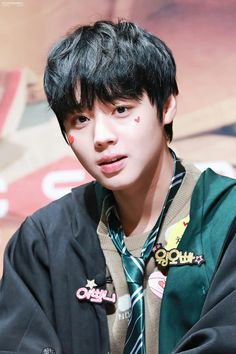 61 Kg, Lai Guanlin, Ong Seongwoo, Lee Daehwi, Kim Jaehwan, Ha Sungwoon, Jinyoung, Cute Boys, Rapper