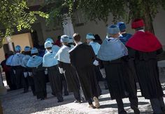 La Universidad de Alcalá cumple la tradición en la apertura del curso