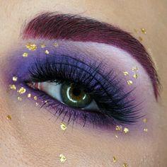 Makeup Geek Duochrome Eyeshadow in Phantom + Makeup Geek Eyeshadows in Confection, Corrupt, Curfew and Wisteria. Look by: Colorcoatedbeauty