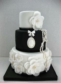 black white vintage pearls wedding cake