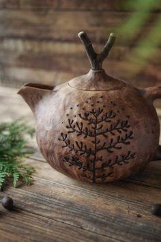 Pottery Teapots, Ceramic Pottery, Pottery Art, Ceramic Painting, Ceramic Art, Dragonfly Art, Ceramic Tableware, Tea Ceremony, Clay Pots