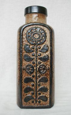 Carstens Luxus vase, moulded mark: 7691-40, design: Dieter Peter. WGP West German Pottery.