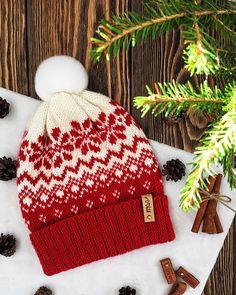 Ravelry: Scarlet snowflake Hat pattern by Evgeniya Vashutkina Fair Isle Knitting Patterns, Knitting Charts, Hand Knitting, Double Knitting Patterns, Baby Hat Patterns, Knit Patterns, Blog Art, Knitted Hats, Crochet Hats
