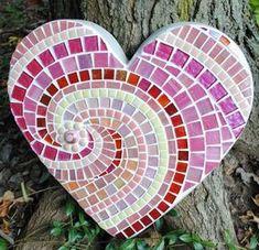 Sweet Heart Mosaic Stepping Stone by CarolinaBarbosa Mosaic Glass, Mosaic Tiles, Glass Art, Stained Glass, Mosaic Crafts, Mosaic Projects, Mosaic Designs, Mosaic Patterns, Mosaic Stepping Stones