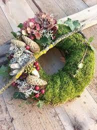 Halloween wreath / wreath … – Famous Last Words Xmas Wreaths, Door Wreaths, Christmas Decorations, Grave Flowers, Funeral Flowers, Deco Floral, Arte Floral, Art Floral Noel, Cemetery Decorations
