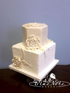 Textured Buttercream and Fondant Flowers | Blue Note Bakery - Austin, Texas