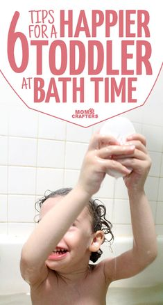 Does your toddler hate bath time? These 6 practical bathtime tips for toddlers will help you troubleshoot those bath time blues for easy parenting and a happier baby! Happy Mom, Happy Baby, Parenting Articles, Parenting Hacks, Toddler Preschool, Toddler Activities, Bathing Photos, Toddler Gifts, Toddler Stuff