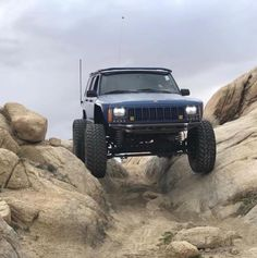 Jeep Grand Cherokee Zj, Jeep Xj Mods, Jeep Wheels, Jeep Trails, Jeep Parts, Jeep Renegade, Jeep Truck, Sunday Funday, Jeep Wrangler