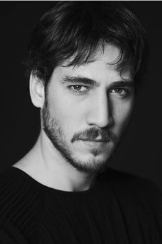 Alberto Ammann (October 20, 1978), actor born in Argentina.