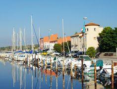 Le Portail de Gîtes, de Meublés de Tourisme & de Chambres d'Hôtes http://www.trouverunechambredhote.com/ a décidé de vous faire mieux connaître les Villes & Villages de France, aujourd'hui nous nous rendons à BOUZIGUES dans le Département de l'Hérault.  Si vous souhaitez être hébergé dans la région nous vous proposons des hébergements : http://www.trouverunechambredhote.com/rechercher.php?dep=34&type=0&localisation=0&budget=&go=Rechercher