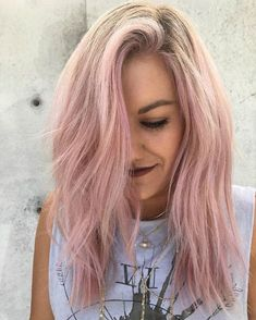 Platinum Blonde Hair with Pink Highlights . Great Platinum Blonde Hair with Pink Highlights . Rose Gold Hair Color with Blonde Highlights Blond Pastel, Pink Blonde Hair, Blonde Dye, Pink Hair Dye, Pastel Pink Hair, Blonde With Pink, Ombre Hair Color, Dye Hair, Blonde Pink Balayage