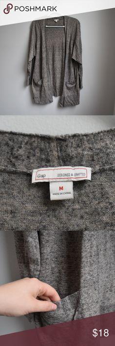 41c9b4576658 Grey Speckled Gap Cardigan with Pockets Grey Speckled Gap Cardigan with  Pockets Brand: Gap Size
