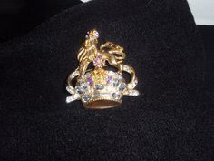 Brooch Vintage Crown and Lion Brooch With by SocialmarysTreasures, $12.99