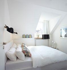 Vacation Rental W4 Contemporary Bedroom