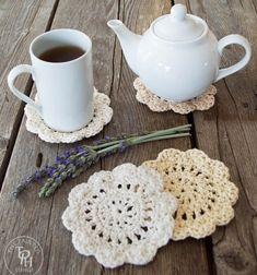 DIY Farmhouse style crochet coasters - free crochet pattern // Egyszerű horgolt poháralátétek vintage stílusban - ingyenes horgolásminta // Mindy - craft tutorial collection // #crafts #DIY #craftTutorial #tutorial