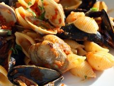 French in a Flash: Proven\u00e7al Mussels and Clams Over Shells