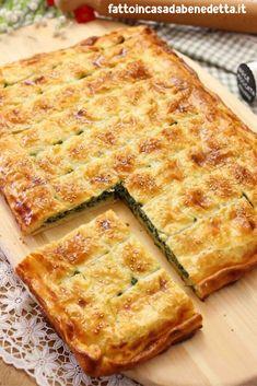 Parisian pizza with ricotta and spinach – Pizza recipes Quiche Recipes, Pizza Recipes, Appetizer Recipes, Cooking Recipes, Rustic Pizza, Italian Main Dishes, Focaccia Pizza, Salad Cake, Crostini