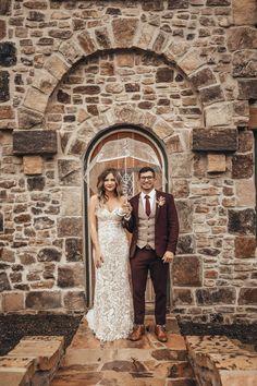 Rustic Groomsmen Attire, Fall Wedding Groomsmen, Wedding Tux, Groom And Groomsmen, Autumn Wedding, Fall Wedding Suits, Rustic Wedding Attire, Vintage Wedding Suits, Bride Groom