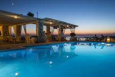 Situated less than a 10-minute walk from Paros Port, Sunset View features a pool and a lounge snack bar serving meals.