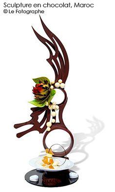 morocco-choc sculpture Chocolate Work, Chocolate Lovers, Chocolate Showpiece, Food Sculpture, Chocolate Sculptures, Food Drive, Pastry Art, Sugar Art, Sugar Flowers
