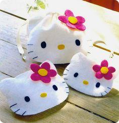 Bolsinha Hello Kitty #sew #patterns #bags