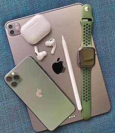 Free Iphone, Iphone 5c, Apple Iphone, Iphone Cases, Macbook Air 13 Pouces, Gold Apple Watch, Accessoires Iphone, New Ipad Pro, Iphone Accessories