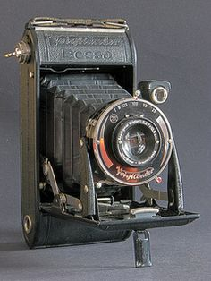 Bessa by Voigtländer Vintage camera Antique photography