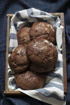 Pani al cioccolato fondente di Philippe Conticini - Pains gourmands au chocolat - Philippe Conticini- Dark chocolate brioche