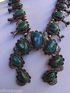 Exquisite-Vintage-NAVAJO-Green-Turquoise-SQUASH-BLOSSOM-NECKLACE-Sterling-Silver