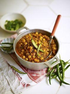 Chickpea Curry | Vegetable Recipes | Jamie Oliver - garlic,chilli paste & ginger left off ingredients list