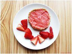 [FOOD] Erdbeermarmelade mit Kokos und weißer Schokolade – Starlights in the Kitchen Strawberry Jam, Foodblogger, White Chocolate, Grapefruit, Preserves, Easy Meals, Coconut, Canning, Kitchen