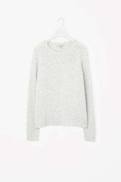 COS image 2 of Relaxed cashmere jumper in Light Grey