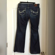 Big Star Jeans Big Star Jeans Casey K. Low Rise Fit. Excellent condition 30R Big Star Jeans Boot Cut