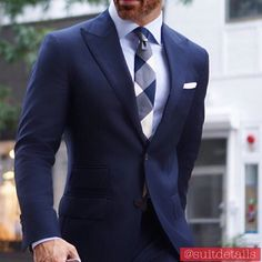 Gq Fashion, Fasion, Navy Blue Suit, Modern Gentleman, Cool Style, My Style, Best Sneakers, Blazers For Men, Suit And Tie