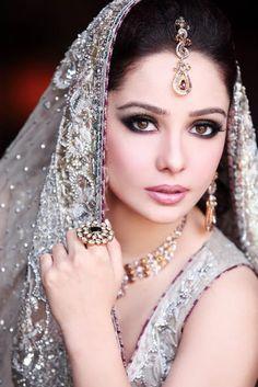 Barbies Wedding Hair And Makeup : barbie wedding make up games, diy wedding makeup, indian ...