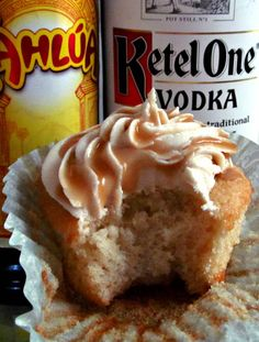 White Russian Cupcakes with Kahlua Buttercream Frosting