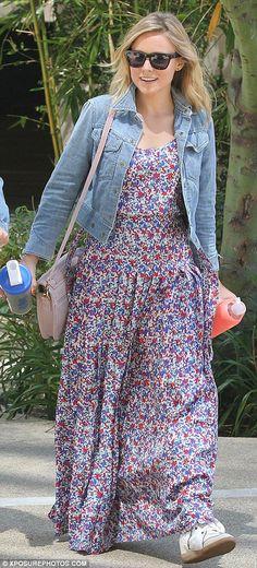 Cute summer outfit-Kristen Bell