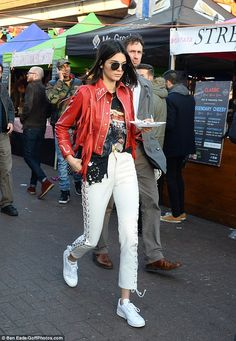 An American in London! Kendall Jenner appeared to get preparations underway for London Fashion Week as she went for a spot of shopping down Portobello Road in Notting Hill on Saturday