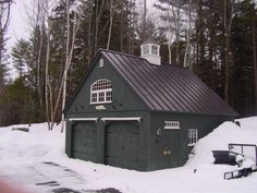 Country Carpenters upholds the traditional Post and Beam construction of New England Style Barns, Garden sheds and Country Style Carriage Houses. Garage Shed, Detached Garage, Garage Plans, Shed Plans, Garage Ideas, Dream Garage, Craftsman House Plans, Modern House Plans, Small House Plans
