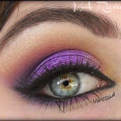 20 Gorgeous Makeup Ideas for Green Eyes   Style Motivation